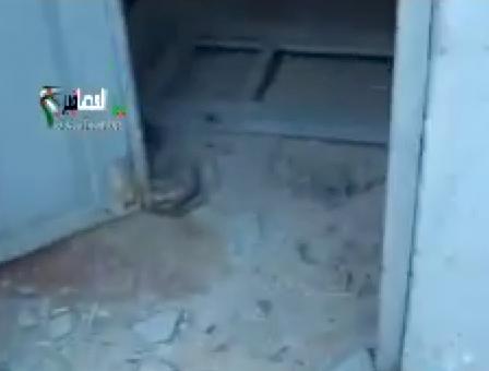 File:Deir al Asafir door.png