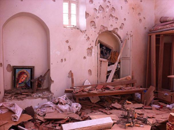 File:Duweir Mosque 1.jpg