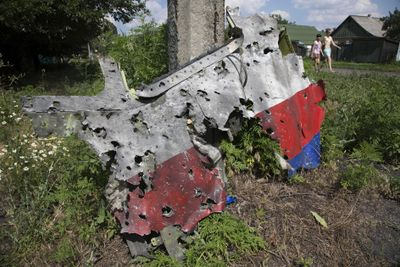 MH17 left cockpit panel.jpg