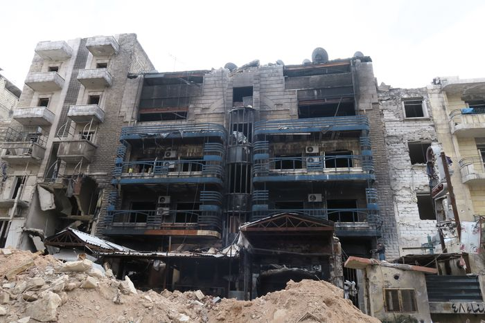 1-Zarzour Hospital burned by the rebels the day before their evacuation.JPG