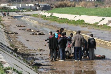Aleppo river massacre 3.jpg