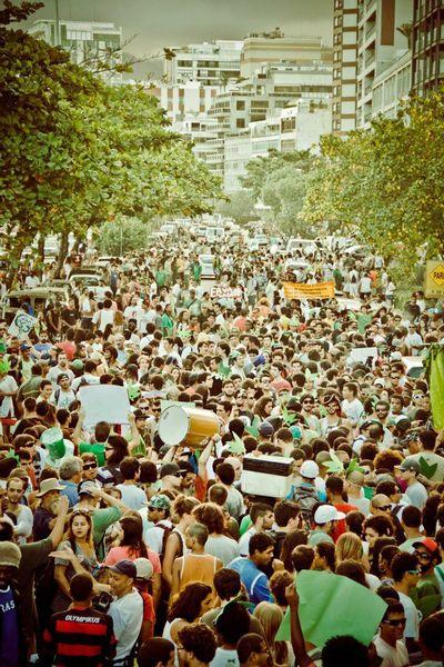 File:Rio de Janeiro 2012 May 5 Brazil crowd 4.jpg