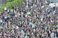 Vienna 2015 May 2 Austria crowd 3.jpg