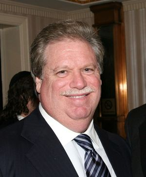 Elliott Broidy in New York in 2008.jpeg