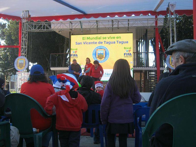 File:Sn Vicente Fans 2027.jpg