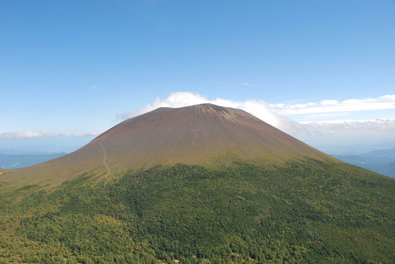File:Mount Asuka.jpg