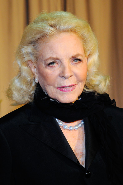 File:Lauren Bacall.png