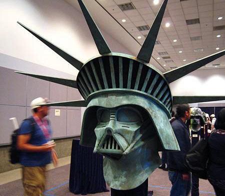 Tiedosto:Starwars-statue-of-liberty.jpg