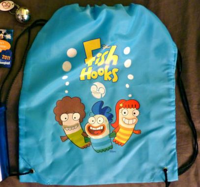 File:Fish Hooks Cinch Bag.jpg