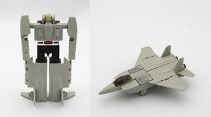 GoBots Grey Leader1 toy.jpg