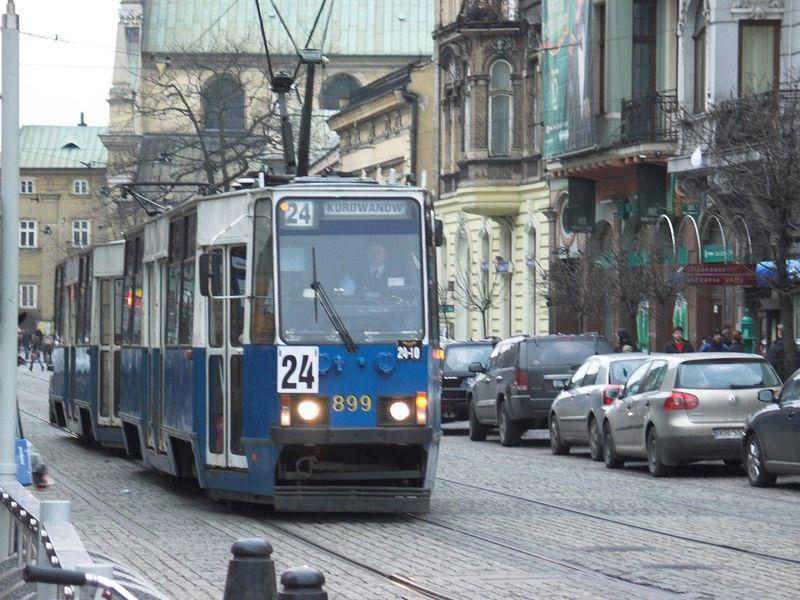 Plik:Linia 24 (Teatr Bagatela).jpg