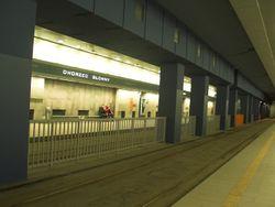 Dworzec Główny Tunel (przystanek).jpg