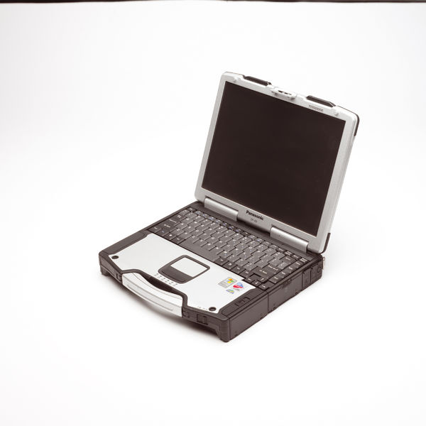 File:Panasonic Toughbook CF-29 open.jpg
