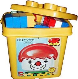 1583-Clown Bucket.jpg