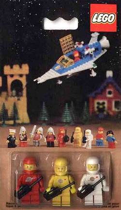 0015 Space Mini-Figures.jpg