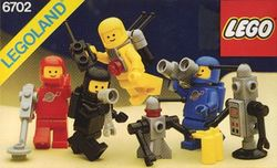 6702-Space Mini-Figures.jpg