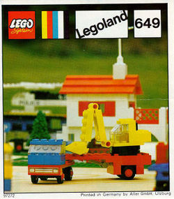 649-Low-Loader with Excavator.jpg