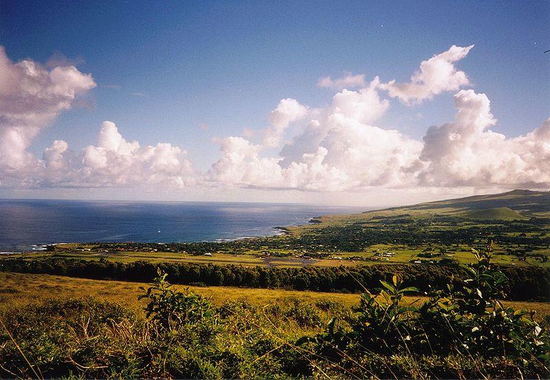 Archivo:Hanga Roa Panorama.jpg