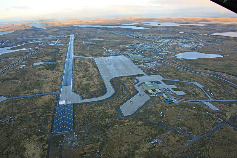 Archivo:Mount Pleasant Airport - Donald Morrison.jpg