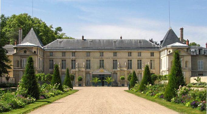 Malmaison, Piaget 2-w.jpg