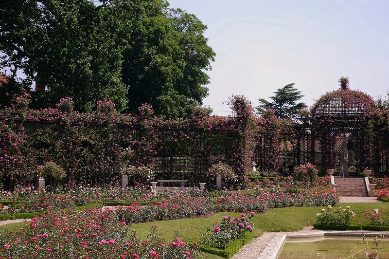 Datei:L'Hay Les Roses-L'Hay-IMGP0618-w.jpg