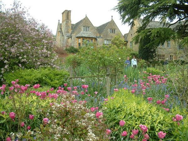 Hidcote Manor 01.jpg