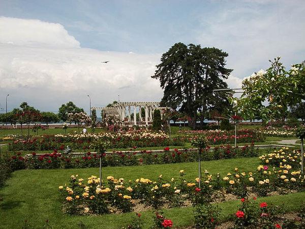 Grange Roseraie parc la grange-g.jpg