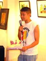 Poet Ng Yi Sheng performing at Contra/Diction