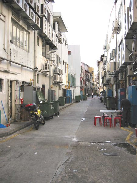 File:BoatQuayBackAlley003.JPG