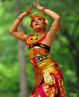 A Balinese dancer playing the role of Panji Semirang in the eponymous dance.