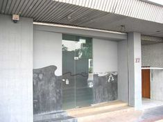 Club One-Seven - an upmarket gay sauna along Upper Circular Road.