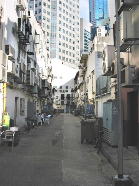File:BoatQuayBackAlley002.JPG