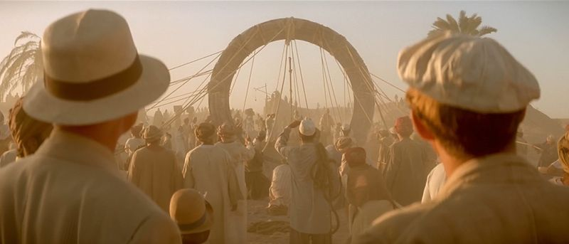 File:Langford and Taylor looking at the Stargate.jpg