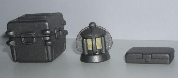 File:TSC R2 accessories.JPG