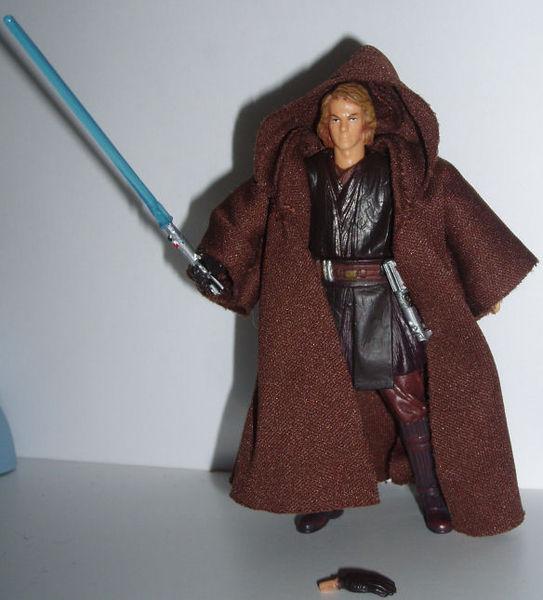 File:TSC Anakin posing.JPG