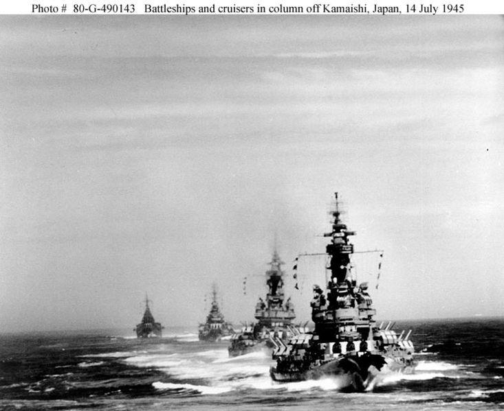 File:American battleships and heavy crusiers in order.jpg