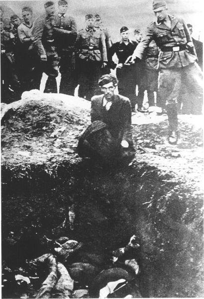 File:Einsatzgruppen Killing.jpg
