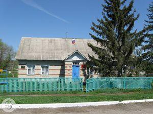 Бывший Макаровский сельсовет(ныне Администрация Макаровского МО)