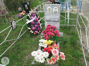 Могила Окорокова.jpg