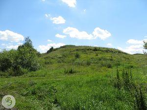 Холм, на котором находилась Космодемьянская церковь (2015)