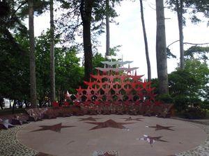 Мемориал Журавли Сочи.jpg