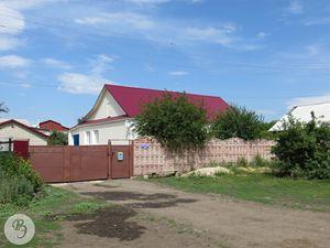 Бывший офис вино-водочного завода(ул. 60 лет Октября, 187)