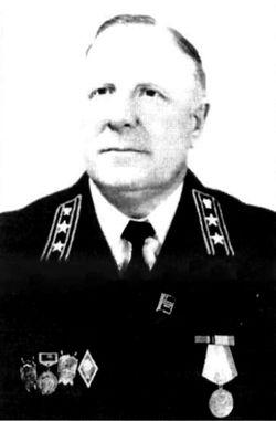 Авинер Давидович Андраханов