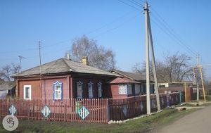 Саратовская улица, дом № 7. До 1929 года дом № 1 по Малой Железнодорожной улице (2008)