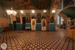Внутреннее убранство Александро-Невской церкви 7.jpg