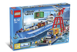 7994 LEGO City Harbor.jpg